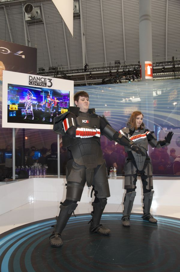 Mass Effect Does Dance Central